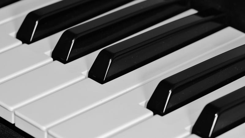 Piano-Plug-ins auf der Buehne
